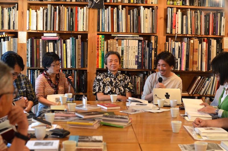 左から、小林さん、飯沢さん、松本さん